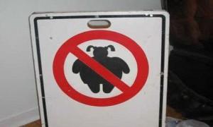 Keine dicken Mädchen erlaubt - boeser Scherz