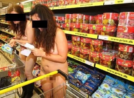 Nackt einkaufen in neuem Supermarkt in Nordfriesland